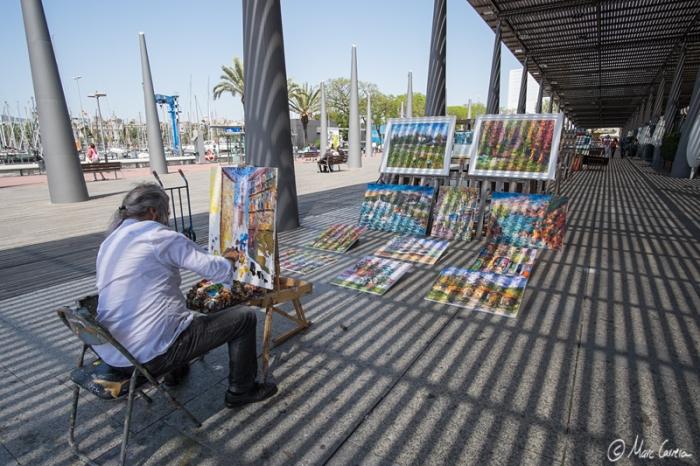 Pintor callejero, pintado por la sombra!